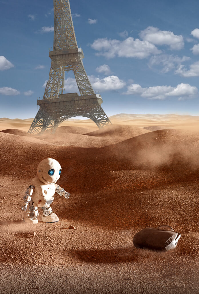 Robot cherchant un sac avec la tour Eiffel en arrière plan